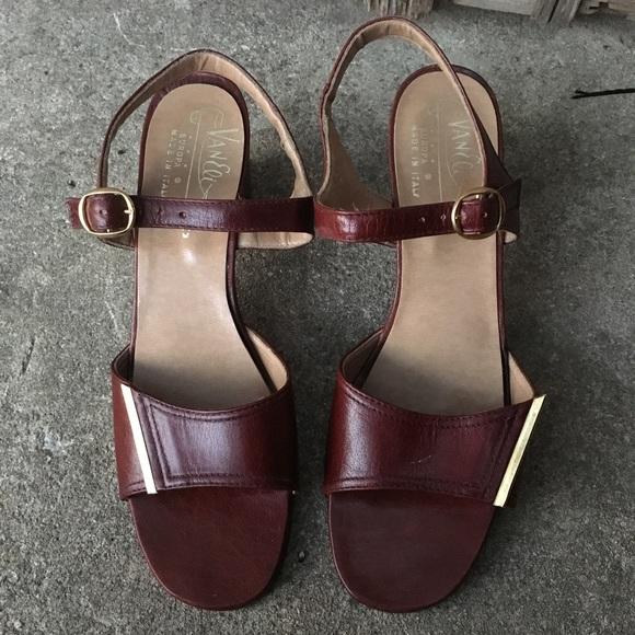 5758997d9b6 Vintage Van Eli Italian leather chunky Heels 6.5. M 5a580e33b7f72bf388f14cf7